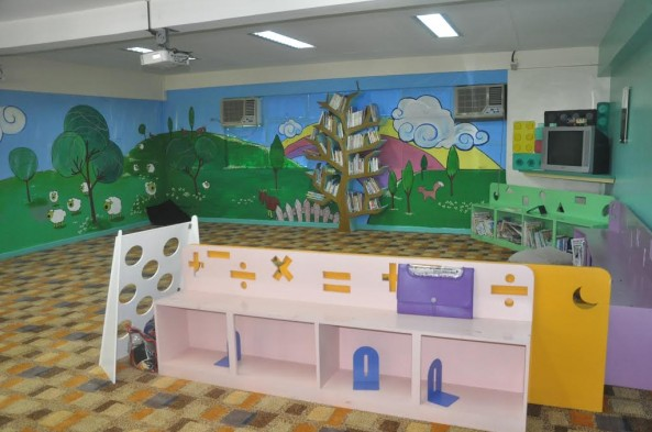 The Kinder Library  is located at the 2nd floor  of Kinder Building  it caters to Pre- kinder and Kinder Pupils.It offers a wide variety of Educational Books and Educational toys as well as leisure reading materials.The library open from Monday to Friday 7:30 AM-4:30PM