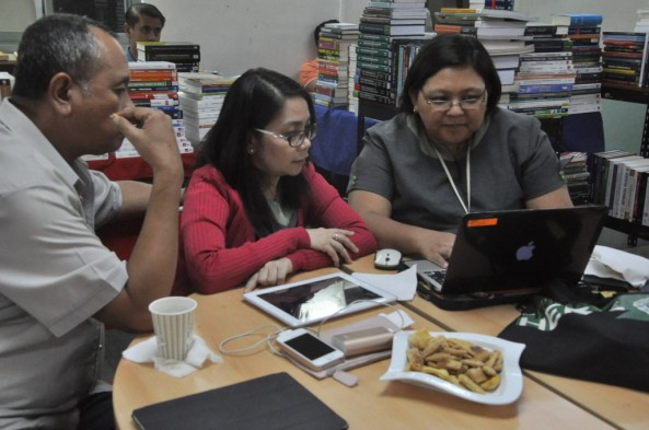 """Learning Resource Center hosted the KAPIHAN SA AKLATAN""""How to iTunes U. 3.0 in K-12 classroom"""" at LRC Learning Commons"""