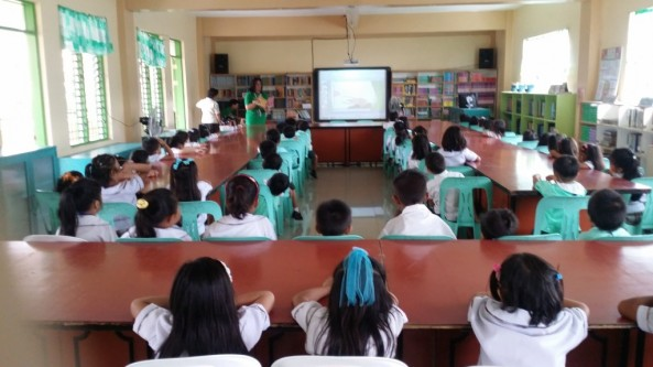 Bookmobile Library at Itaas Elementary School-Annex ,Muntinlupa City last September 20, 2016 was facilitated by Ms. Cecilia Grace Cabrito,Mr. Ronald Songcuya and Nick Timosa